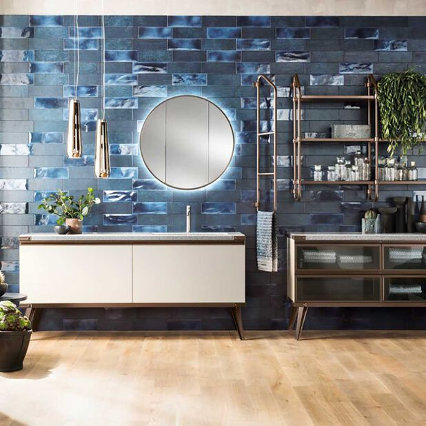 """<div class=""""module-8__title""""><div class=""""pd-heading__container"""">             <h3 class=""""pd-heading pd-h3-style pd-text-align-left pd-heading-small""""  style='' >          Download the bath catalog     </h3> </div><div class=""""pd-icon"""">                                        <style>             #icon-arrow-cta-621be61f52bc7ac5d9821898e9{                 fill:;             }             </style>                  <svg id=""""icon-arrow-cta-621be61f52bc7ac5d9821898e9"""" class=""""icon-arrow-cta"""">             <use xlink:href=""""/on/demandware.static/Sites-DieselFR-Site/-/default/dwe891e7a6/imgs/sprite.svg#arrow-cta""""/>         </svg>         </div></div>"""