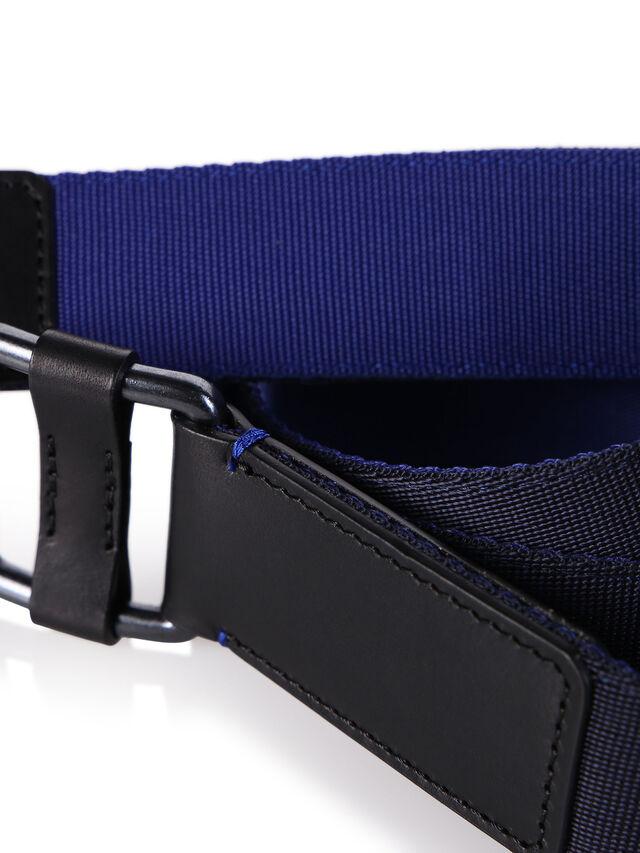 B-S18-1, Noir/Bleu