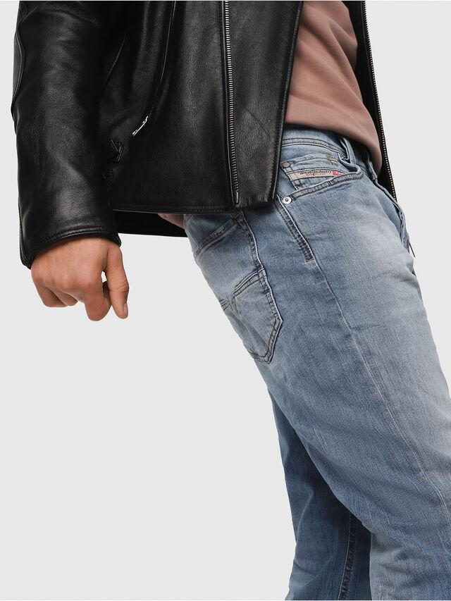 Diesel - Larkee-Beex 081AL, Bleu Clair - Jeans - Image 4