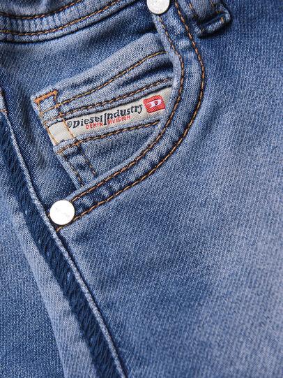 Diesel - KROOLEY-B-N JOGGJEANS, Bleu Clair - Jeans - Image 3