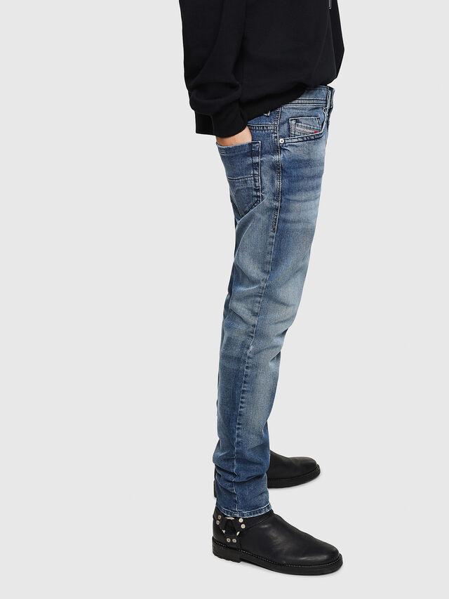 Diesel - Thommer 0853P, Bleu moyen - Jeans - Image 5