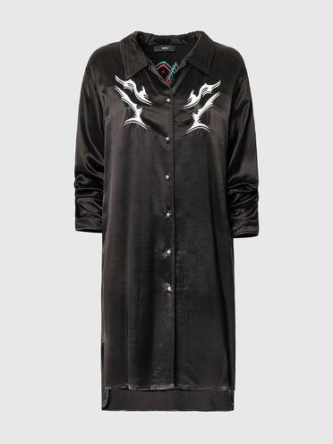 Robe chemise avec broderie tribale