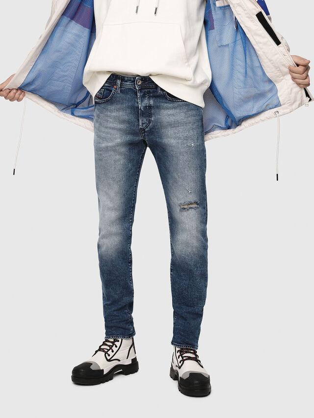 Diesel - Buster 081AQ, Bleu moyen - Jeans - Image 1