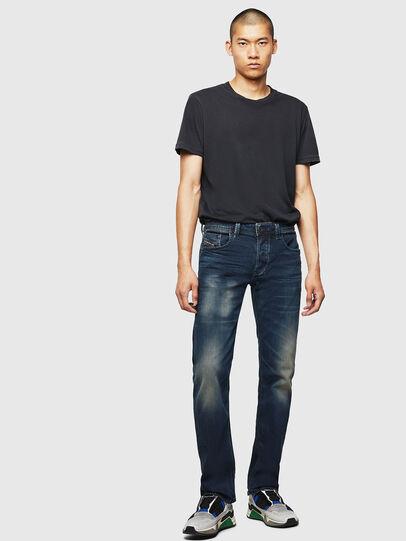 Diesel - Larkee 084AU, Bleu Foncé - Jeans - Image 6