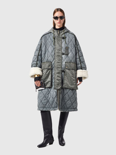 Veste cape réversible en nylon matelassé