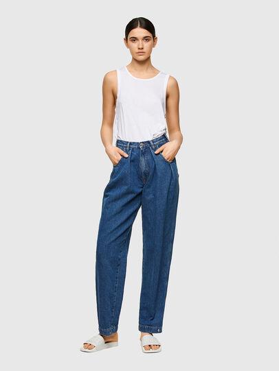 Diesel - D-Concias 009VZ, Bleu moyen - Jeans - Image 5