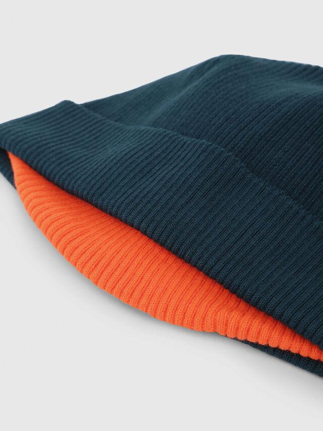 Diesel - K-DOBLY, Vert Foncé - Bérets, chapeaux et gants - Image 3