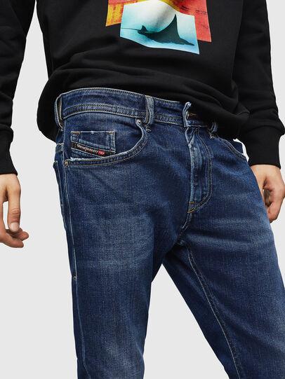 Diesel - Thommer 0870F, Bleu moyen - Jeans - Image 3