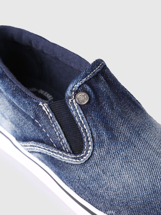 Diesel - SLIP ON 21 DENIM CH, Jean Bleu - Footwear - Image 4