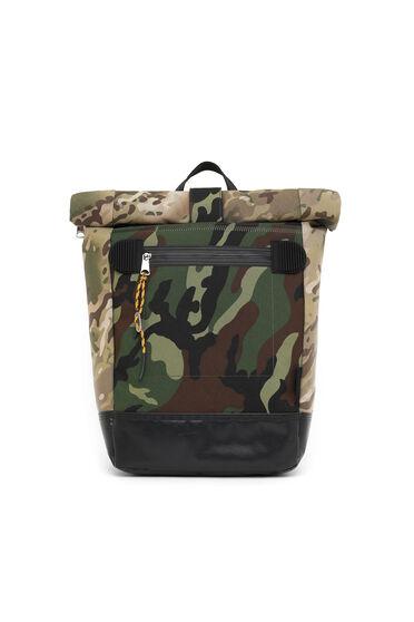 Sac à dos à rabat roulé avec imprimés camouflage