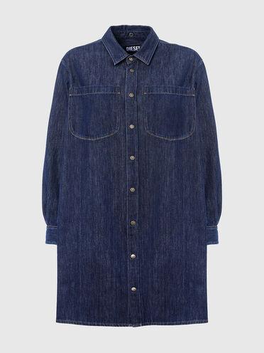 Robe chemise en denim avec dos drapé
