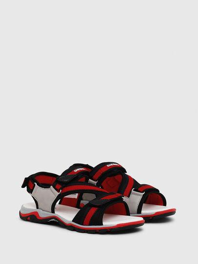 Diesel - SA 07 STRIPE YO, Gris/Rouge - Footwear - Image 2