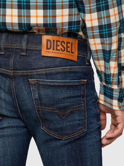 Diesel - Sleenker 09A43, Bleu Foncé - Jeans - Image 4