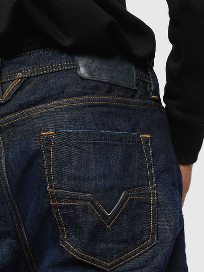 Diesel - Larkee 0806W, Bleu Foncé - Jeans - Image 4