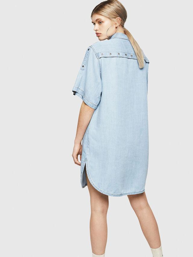 ec3c3c9f0a DE-SUP-SL Femme: Robe chemise en denim | Diesel