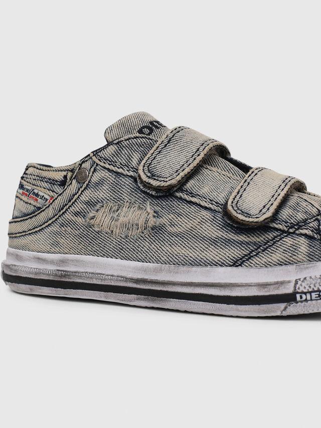 Diesel - SN LOW STRAP 11 DENI, Jean Gris - Footwear - Image 4