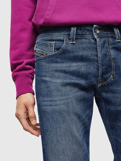 Diesel - Larkee 0096E, Bleu moyen - Jeans - Image 3