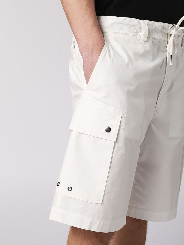 P-CLIVER, Blanc