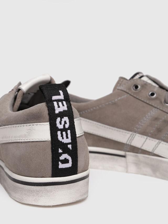 Diesel - D-VELOWS LOW LACE, Gris - Baskets - Image 4
