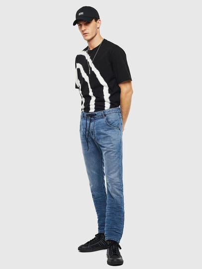 Diesel - Krooley JoggJeans 069MA, Bleu moyen - Jeans - Image 7