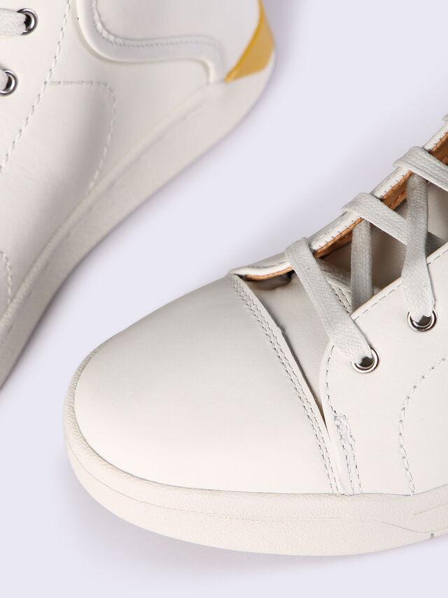 S-MARQUISE, Blanc/bronze