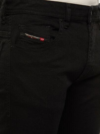 Diesel - Thommer 0688H, Noir/Gris foncé - Jeans - Image 3