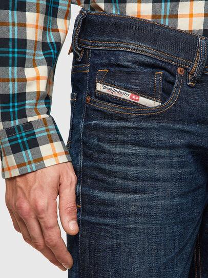 Diesel - Sleenker 09A43, Bleu Foncé - Jeans - Image 3
