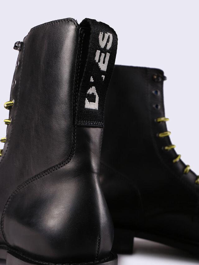 D-JACK CB, Noir