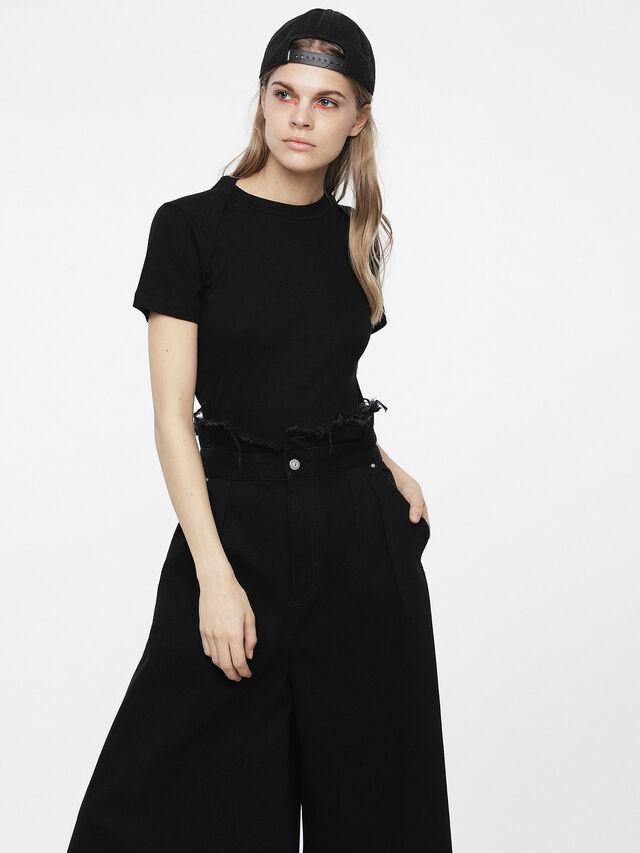 Diesel - T-SALI-A, Noir - T-Shirts - Image 1