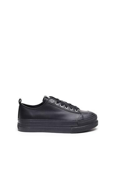 Sneakers en cuir avec double semelle