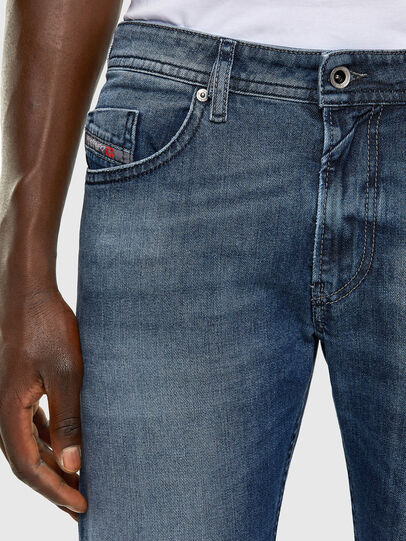 Diesel - Thommer 0853P, Bleu moyen - Jeans - Image 3