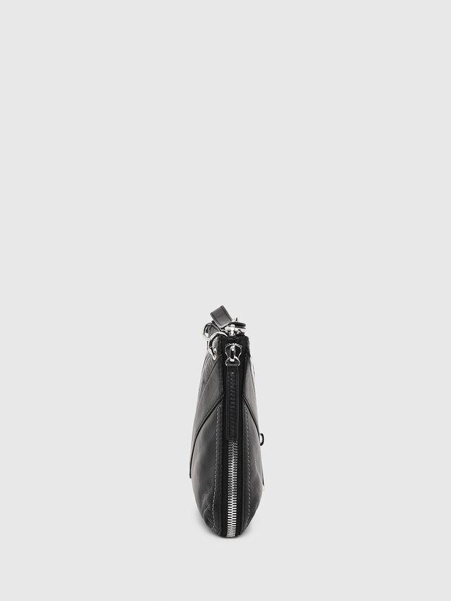 d37009415a LE-LITTSYY Femme: Clutch en cuir avec détail zippé   Diesel