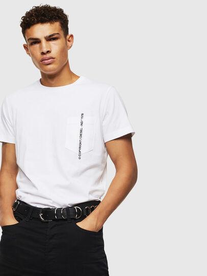 Diesel - T-RUBIN-POCKET-J1, Blanc - T-Shirts - Image 4