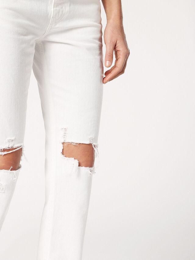 NEEKHOL 0699F, Blanc