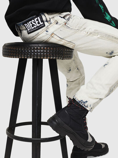 Diesel - Mharky 0890Q, Bleu Clair - Jeans - Image 4