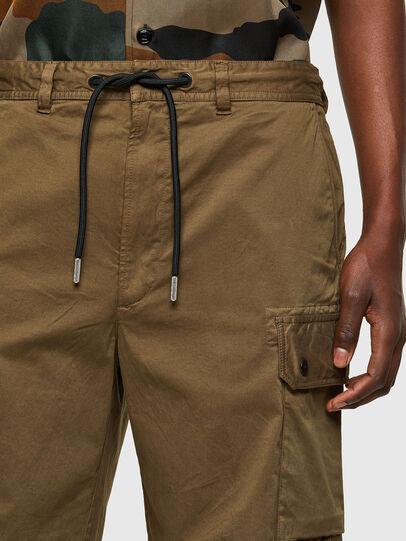 Diesel - P-APE, Vert Militaire - Shorts - Image 3