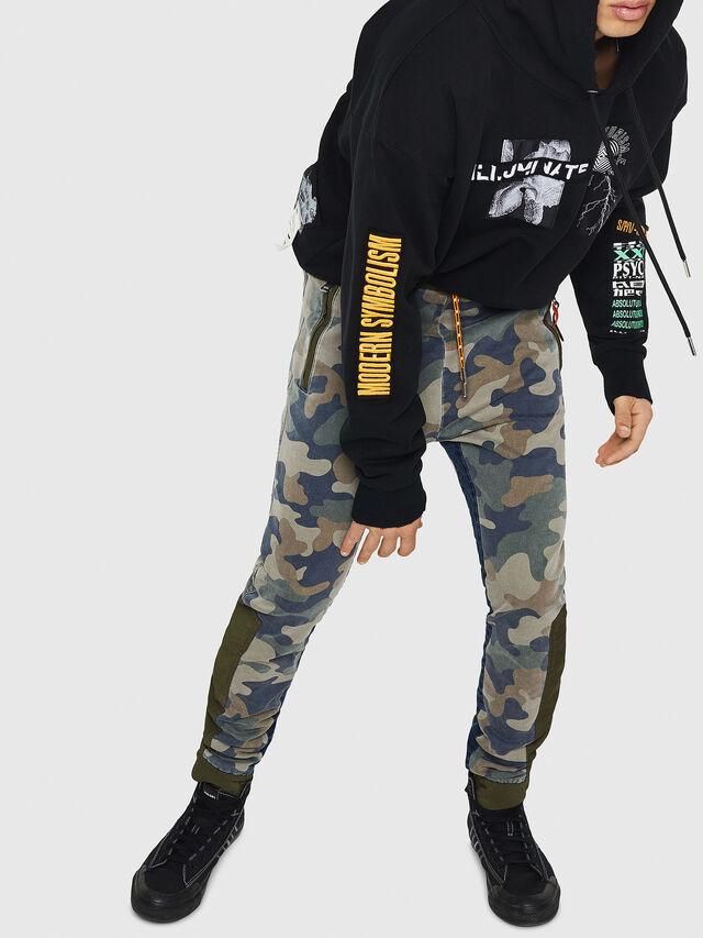 Diesel - D-Eeley JoggJeans 0GAUU, Vert Camouflage - Jeans - Image 5
