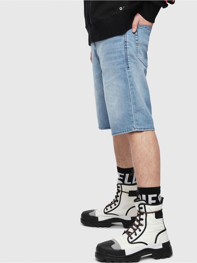 Diesel - THOSHORT, Bleu Clair - Shorts - Image 3