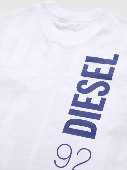 Diesel - TLUCASSLY1 OVER, Blanc/Noir - T-shirts et Hauts - Image 4