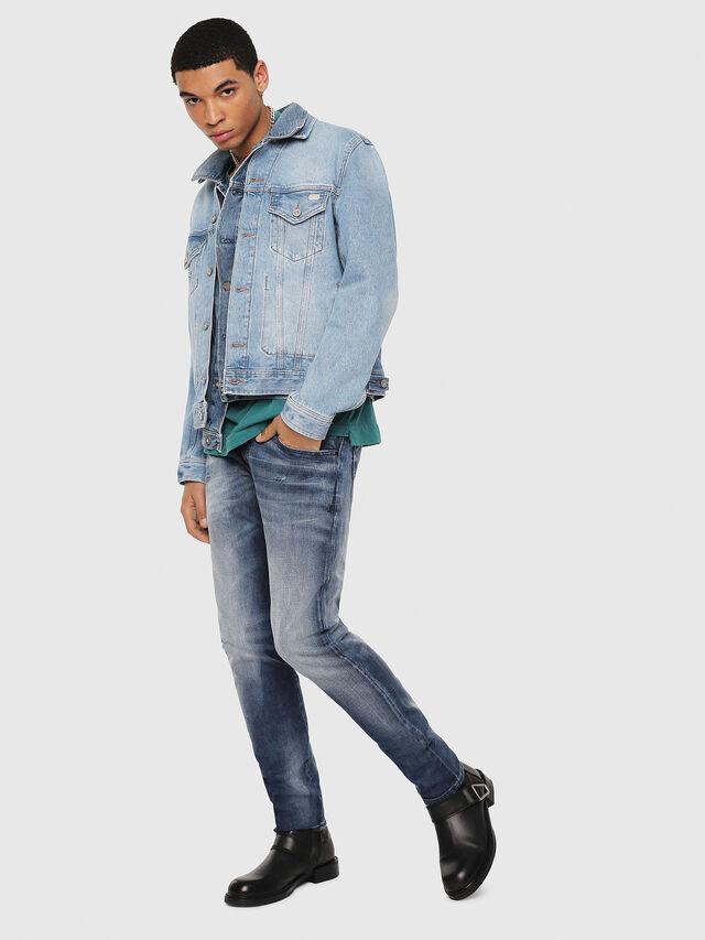 Diesel - D-Bazer 084DD, Bleu moyen - Jeans - Image 6