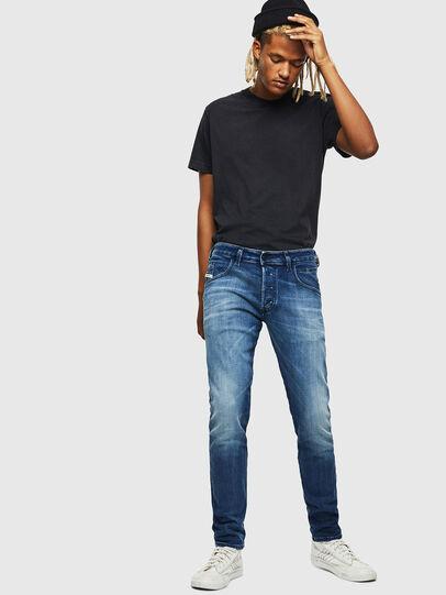Diesel - D-Bazer 0097Y, Bleu moyen - Jeans - Image 5
