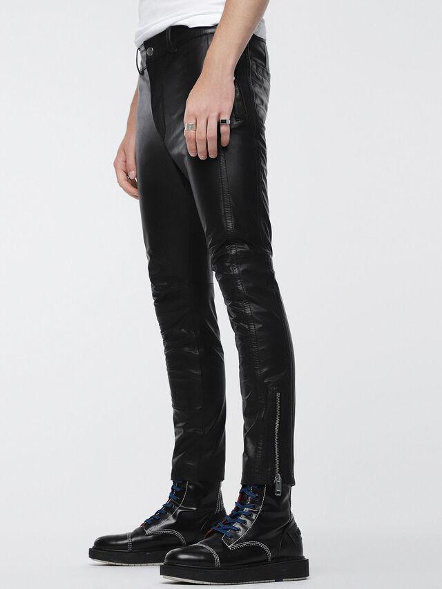 Diesel - P-MONTE-L, Cuir Noir - Pantalons - Image 3
