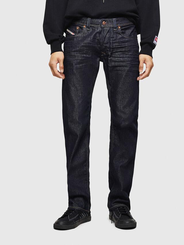 Diesel - Larkee 084HN, Bleu Foncé - Jeans - Image 1