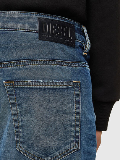 Diesel - Fayza JoggJeans® 069SZ, Bleu Foncé - Jeans - Image 3