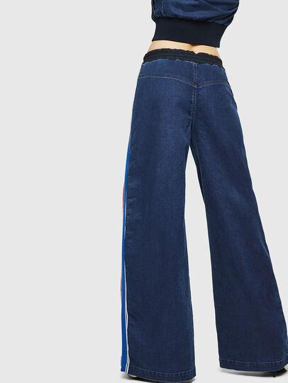Diesel - D-Erinn JoggJeans 069HP, Bleu Foncé - Jeans - Image 2