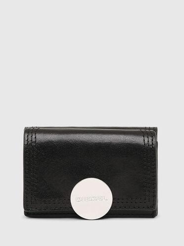 Portefeuille à trois volets avec plaque à logo