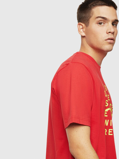 Diesel - T-JUST-J5, Rouge - T-Shirts - Image 4