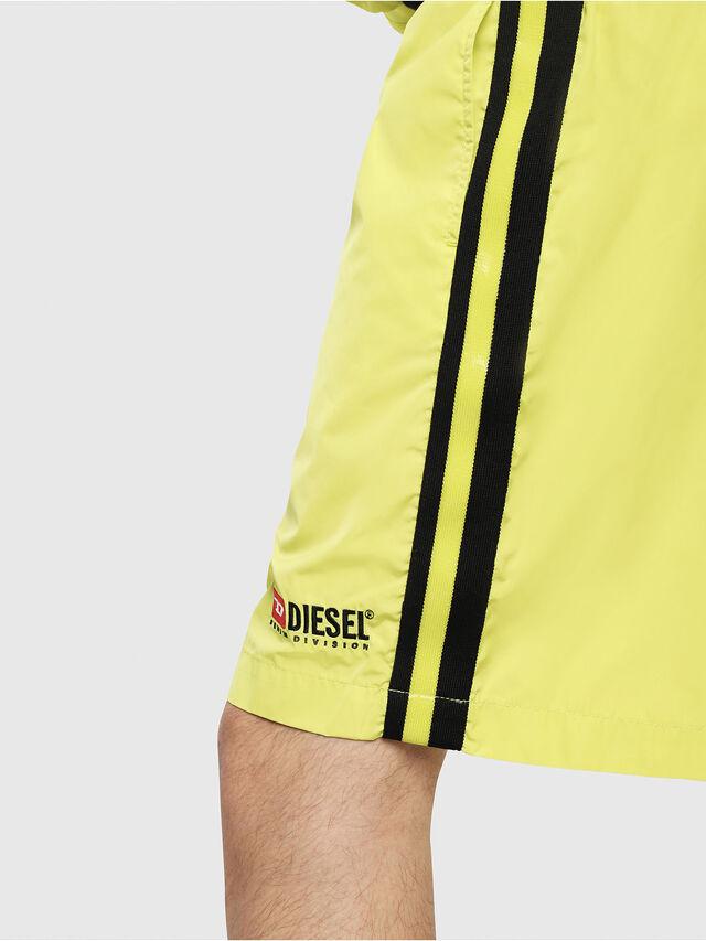 Diesel - P-BOXIE, Jaune Fluo - Shorts - Image 3