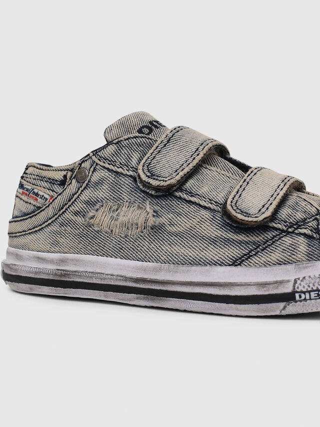 Diesel - SN LOW 11 STRAP  DEN, Jean Gris - Footwear - Image 4