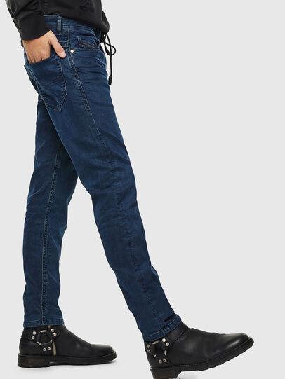 Diesel - Thommer JoggJeans 0688J, Bleu Foncé - Jeans - Image 5